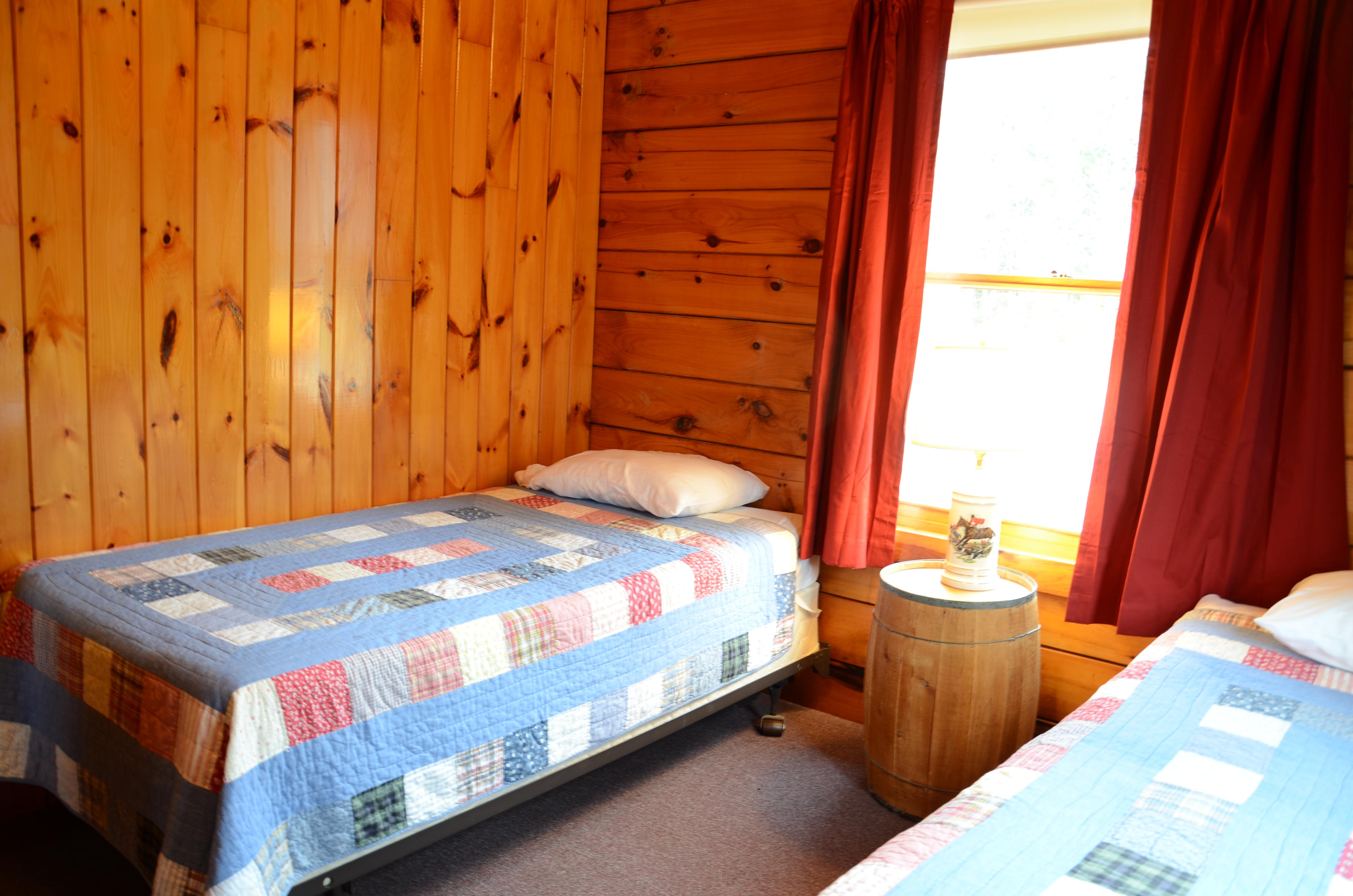 3 bedroom log cabin on first connecticut lake with firepit for 3 bedroom log cabin