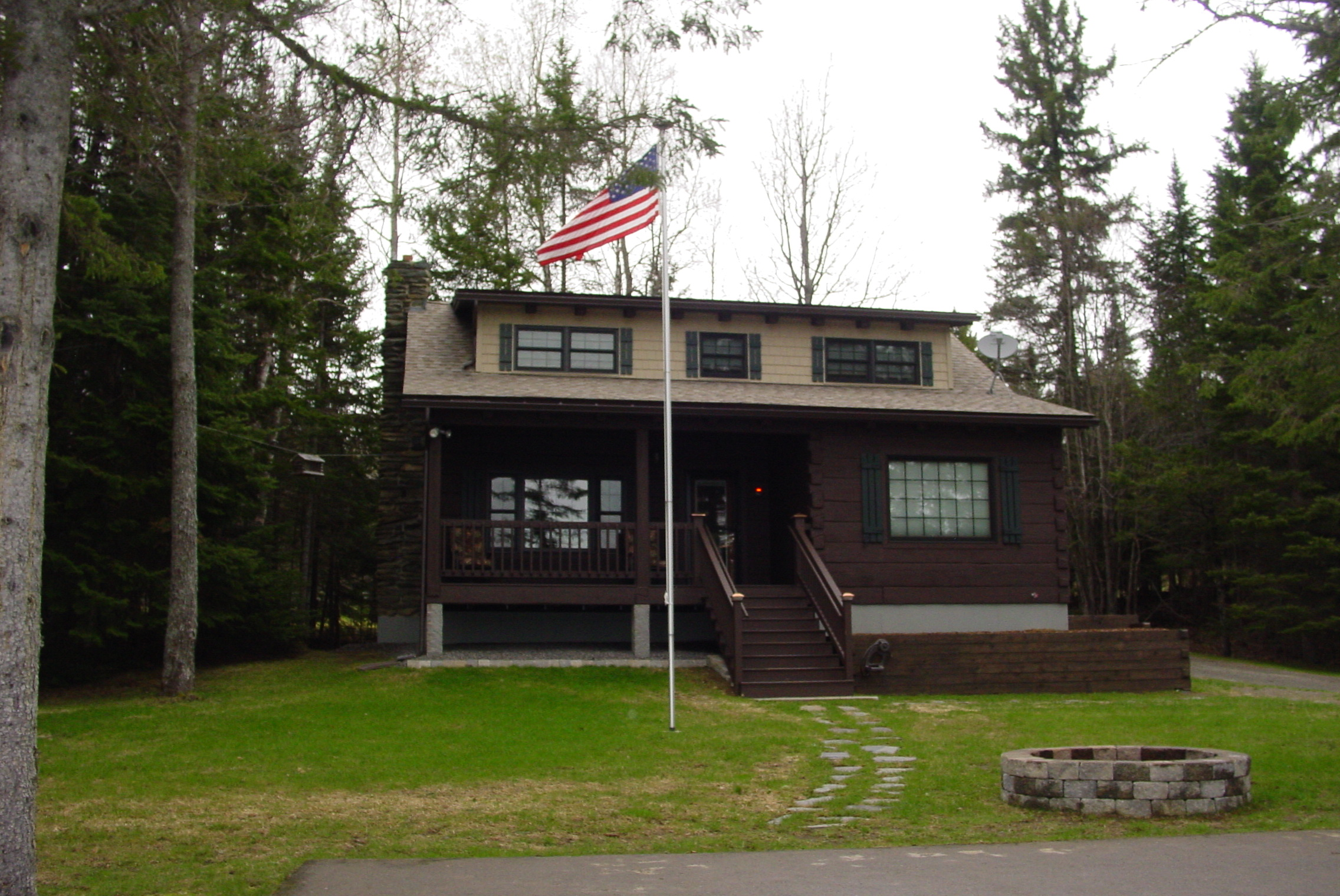 cabins trailside hb rentals nh cabin pittsburg rental accommodation